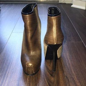 Yves Saint Laurent booties